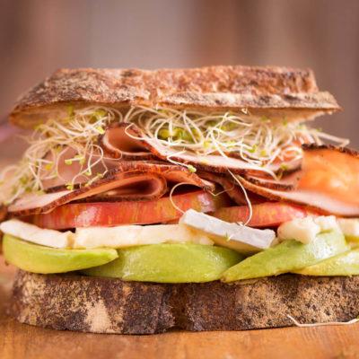 DFR-NGMO-pastrami-pre-sliced-deli-turkey-lifestyle