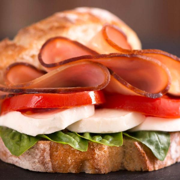 DFR-NGMO-naturally-smoked-pre-sliced-deli-turkey-lifestyle