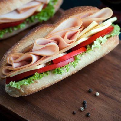 DFR-organic-oven-roasted-pre-sliced-deli-turkey-lifestyle